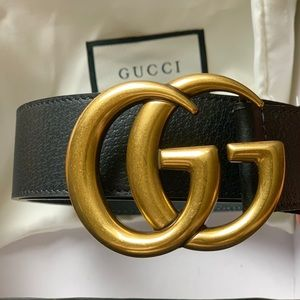 Gold buckle GG Black Leather unisex Belt